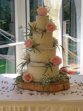 Rebecca Gilmore Innovative Wedding Cake Design Finalist Best Cakes In Wales 2015